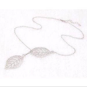 Jewelry - Silver Leaf Slider Necklace